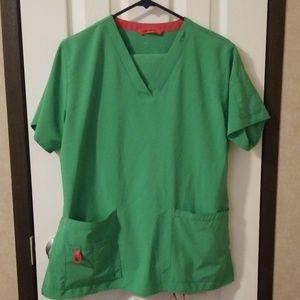 Carhartt green scrub top and bottom large